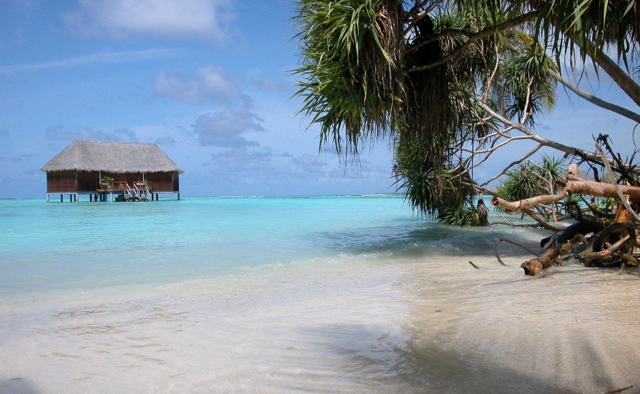 Maldív-szigetek időjárása egész évben trópusi éden